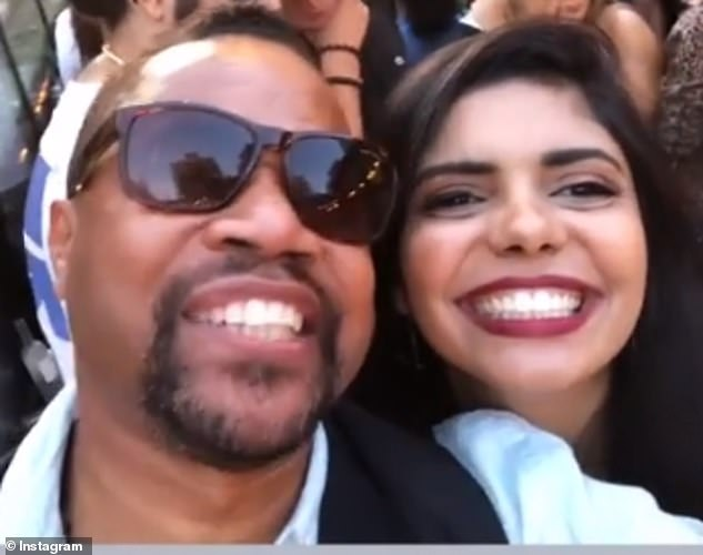 14601308-7133697-The_actor_is_shown_posing_for_a_selfie_with_a_fan_It_is_unclear_-a-31_1560356339532