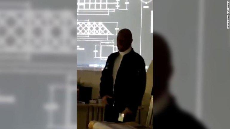 191104112432-suspended-teacher-blackface-rap-exlarge-169